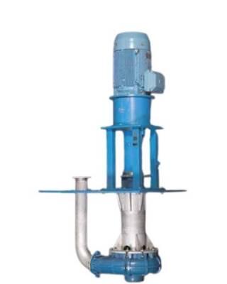 Вертикальные зумпфовые насосы от @metsooutotec спроектированы для работы с абразивными пульпами. Для обеспечения оптимальных эксплуатационных характеристик предусмотрены четыре различных вариантов рабочего колеса и два способа перемешивания: Тип O – по сравнению с конструкцией закрытого типа полуоткрытое рабочее колесо лучше работает с твердыми частицами и менее чувствительно к воздушным пробкам при пульсирующей нагрузке. Тип W – рабочее колесо с принудительным вихревым потоком для перекачивания длинных, волокнистых или крупных частиц без образования комков. Колесо может быть установлено в корпусе с распылительным отверстиями или без них. Tип WFR – разработан с полностью утопленным индуктивным вихревым рабочим колесом для насосов VSHM. Оно специально сконструировано для перемещения углерода при поцессах выщелачивании золота, так как оно обеспечивает минимальное изнашивание выкачиваемых активных частиц углерода. Тип С – закрытое рабочее колесо для больших напоров и высокой производительности. Тип А – полуоткрытое рабочее колесо и прочный, удлиненный вал со смесителем. Подобная конструкция лучше всего подходит для крупных быстроосаждающихся твердых частиц и для землесосов. Тип S – корпус насоса с распылительными отверстиями. Распылительные отверстия направляют часть потока к днищу зумпфа, осуществляя, таким образом, перемешивание осевших твердых частиц. В наличии от VS50 до VS200. Преимущества: ✅простота установки; ✅консольная конструкция без затопленных подшипников и уплотнения вала; ✅подшипниковый узел снабжен двойным уплотнением, исключающим загрязнение подшипников; ✅используются материалы самого высокого качества, обладающие великолепной износостойкостью и сопротивлением коррозии; ✅изнашиваемые детали изготавливаются из материалов разного типа и полностью взаимозаменяемы. Подробная информация: 🔶 yugminerals.ru ☎️ 8 960 487 55 55